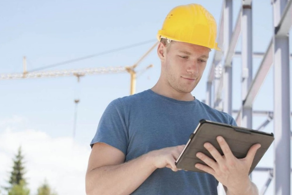 איך להתחיל קריירה כמנהל פרויקטים?